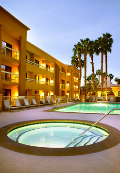 courtyard_marriott_pool